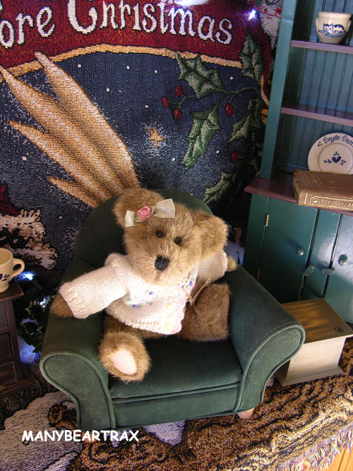 Boyds Bear Necessity Trundle's Library Chair Furniture Accessory in Suede